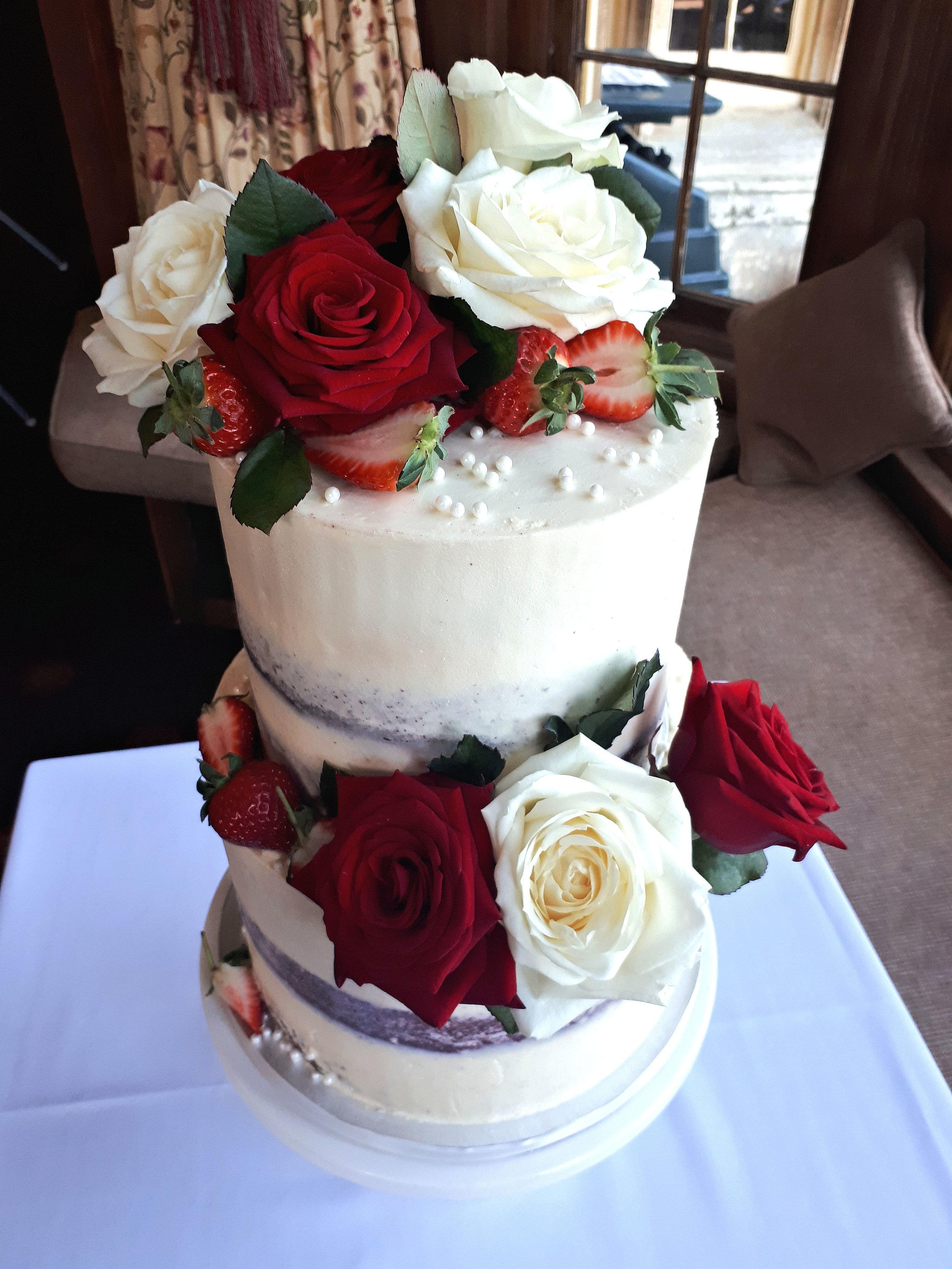 valentines semi naked wedding cake2.jpg