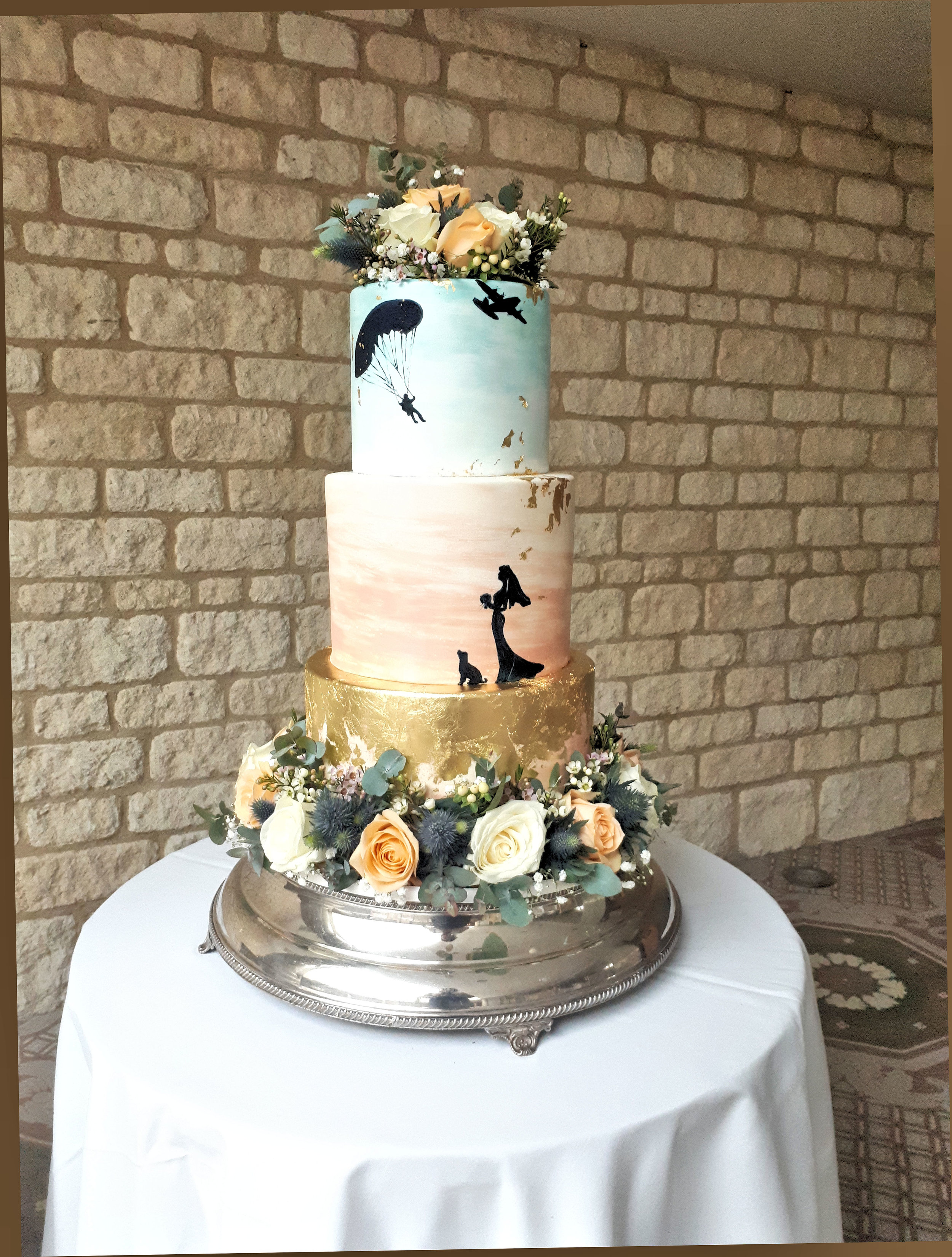 Silhouette Wedding Cake 1.jpg