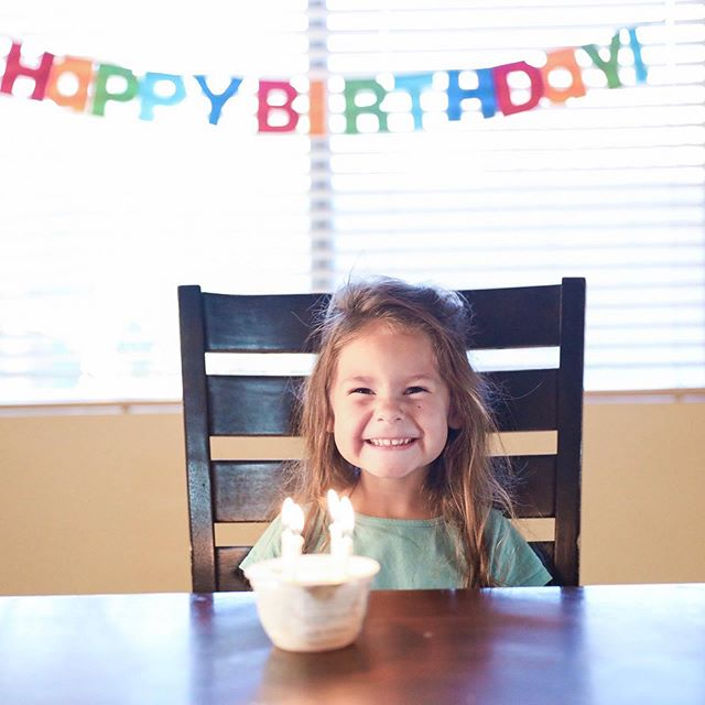 """Another summer birthday in the house!!! 🙌 our little Emma Wemma turned 4!  What did she have for breakfast??? Look closely... 👀  So I ran out of eggs... and milk... and we had frozen pancakes YESTERDAY And I didn't know! She asked.... """"yay! I get pancakes!!!""""But then I told her what happened and she was SO excited for her yogurt with honey because she loves it 😂😂😂😂 #motheroftheyear right there. It's another round of #gracenotperfection because you gotta do what you gotta do! But she loved it nevertheless and that's all that matters."""
