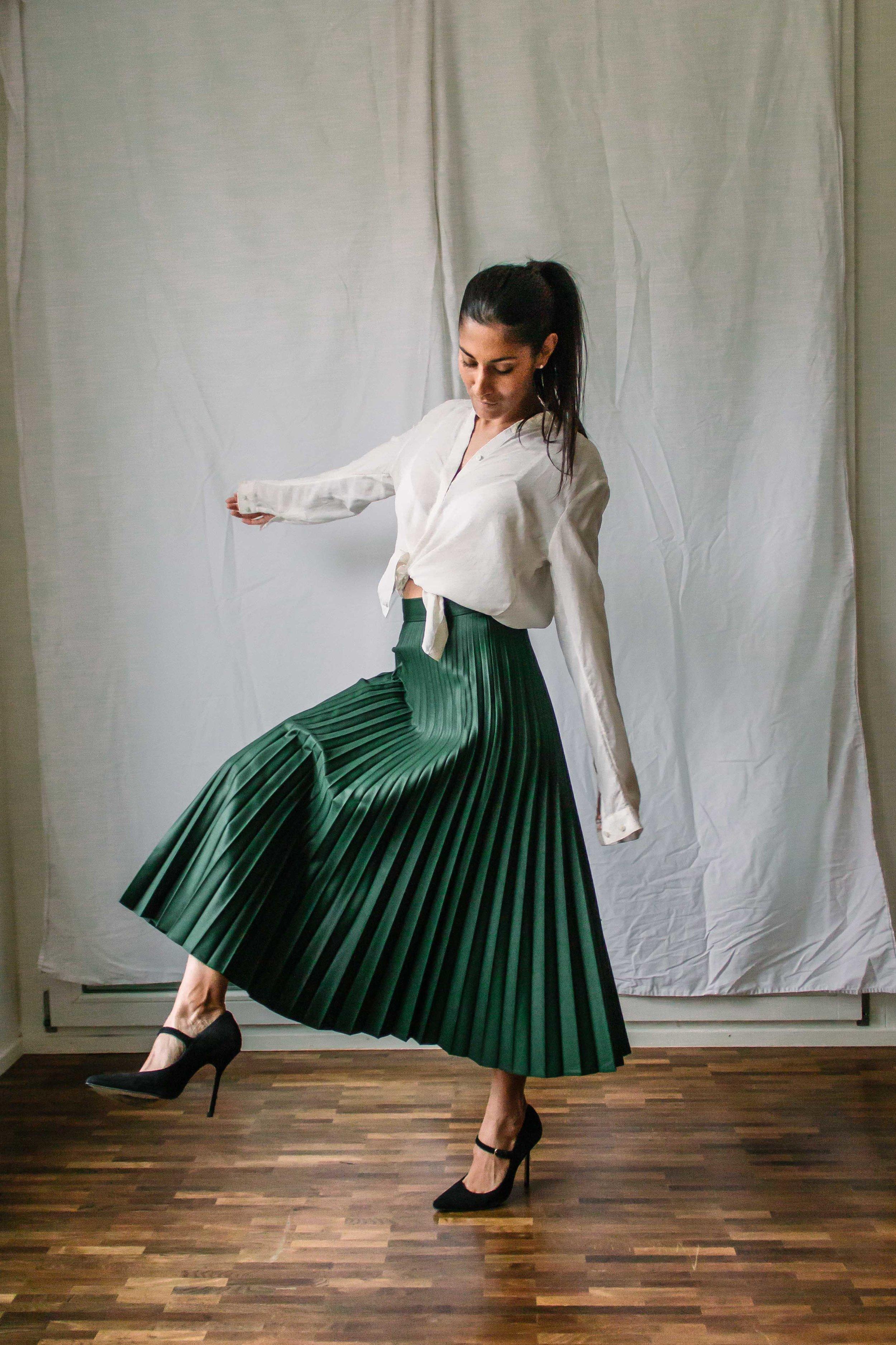 CHIC, ELEGANT, SENSUOUS. Blouse: &Other Stories (similar    here   ); skirt: Zara; shoes: Buffalo London