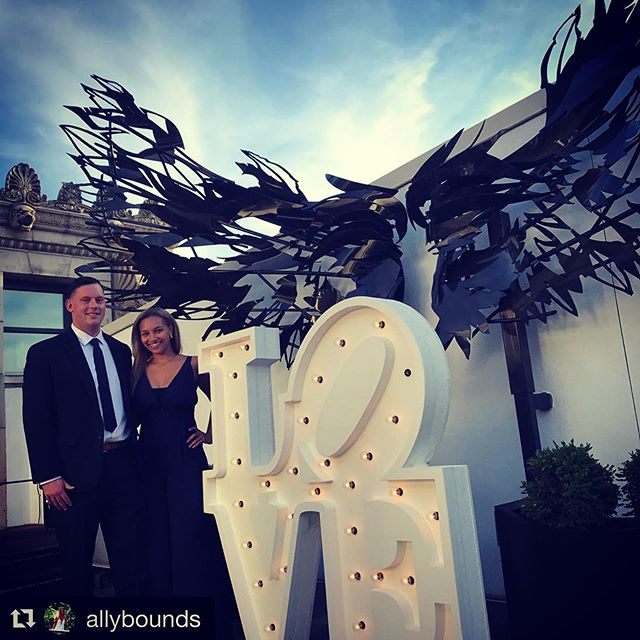 Our love sign on the rooftop of Hotel Monaco @ Stratus Lounge.  Congrats to Mike and Steph! Hopefully they're sipping drinks on a fancy beach somewhere! 🏖 🏝  #Repost @allybounds ・・・ Congratulations @spower89 and @mborzillo we Loved your wedding! #powertoborzillo