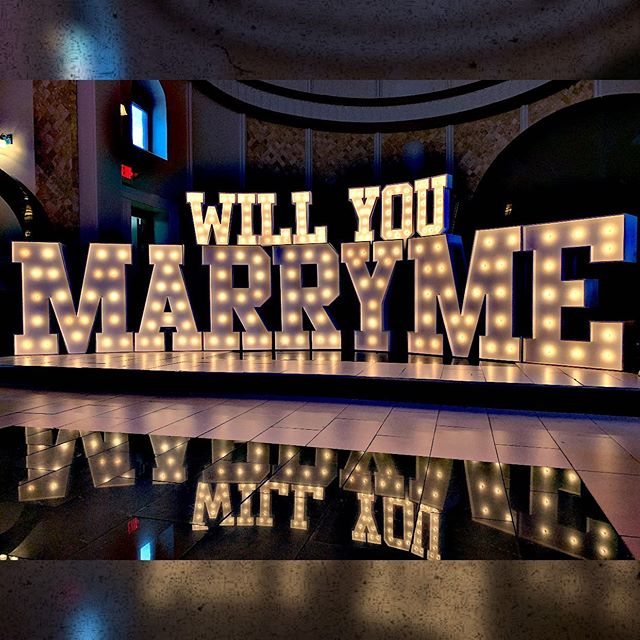 She said yes!  #willyoumarryme #shesaidyes #philly #germantown #victorianphilly #visitphilly #xoxovisitphilly #philadelphia #lovepark #wedding #phillywedding #phillymarquee