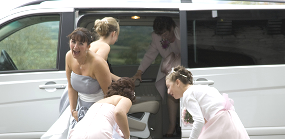 For the wedding party choose the spacious and luxurious Mercedes-Benz Viano MPV