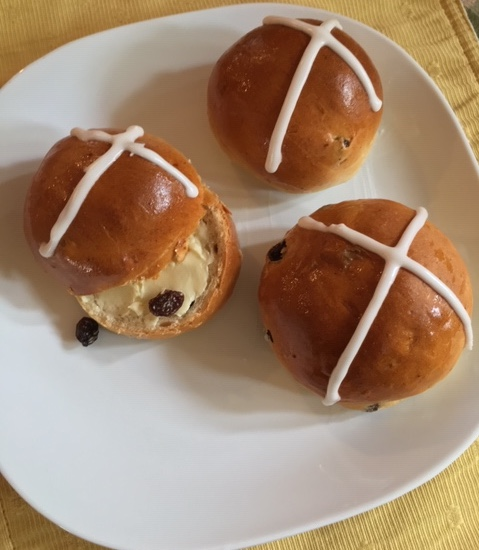 FOOD - Hot Cross Buns