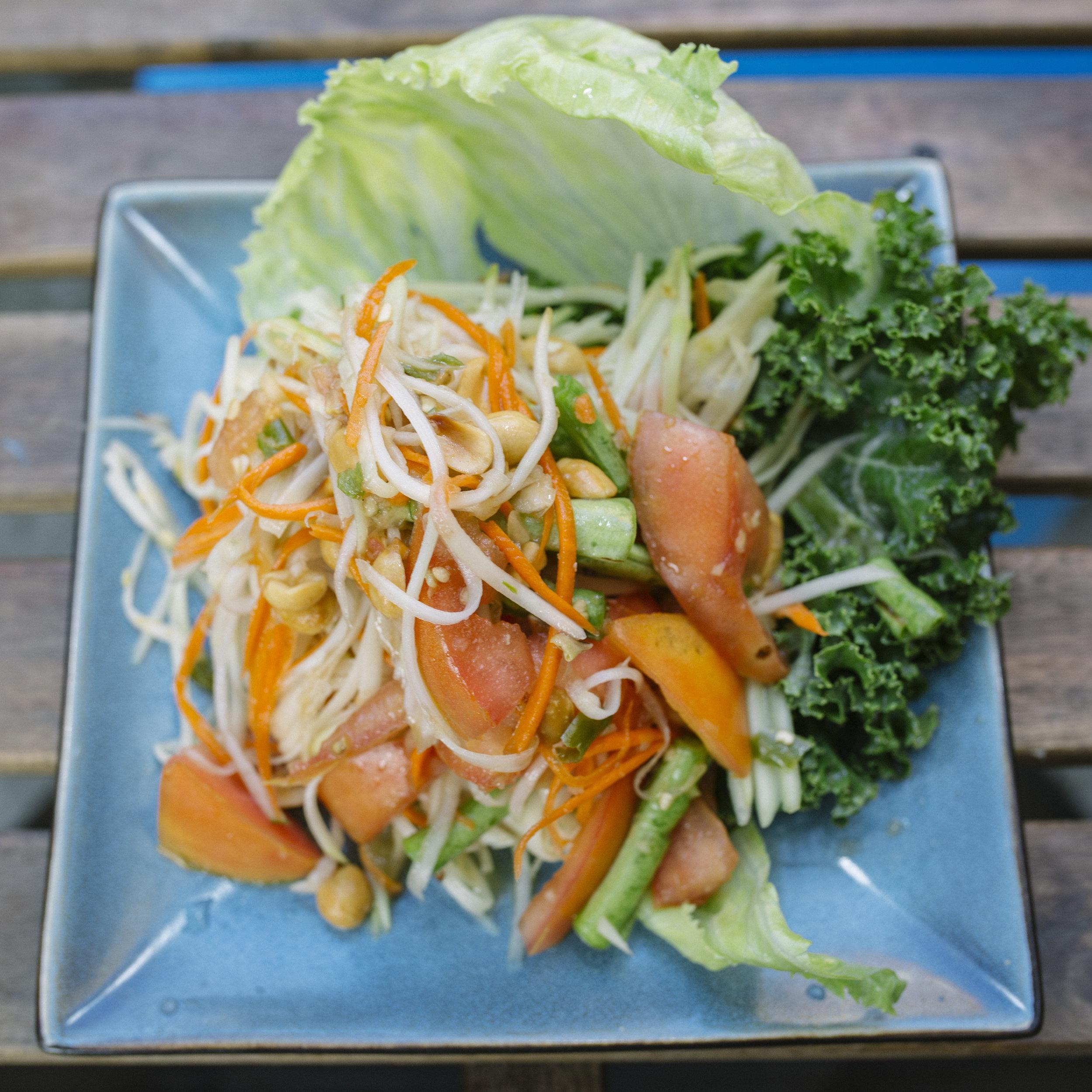 Tum Mangsavirat - Vegetarian Papaya Salad