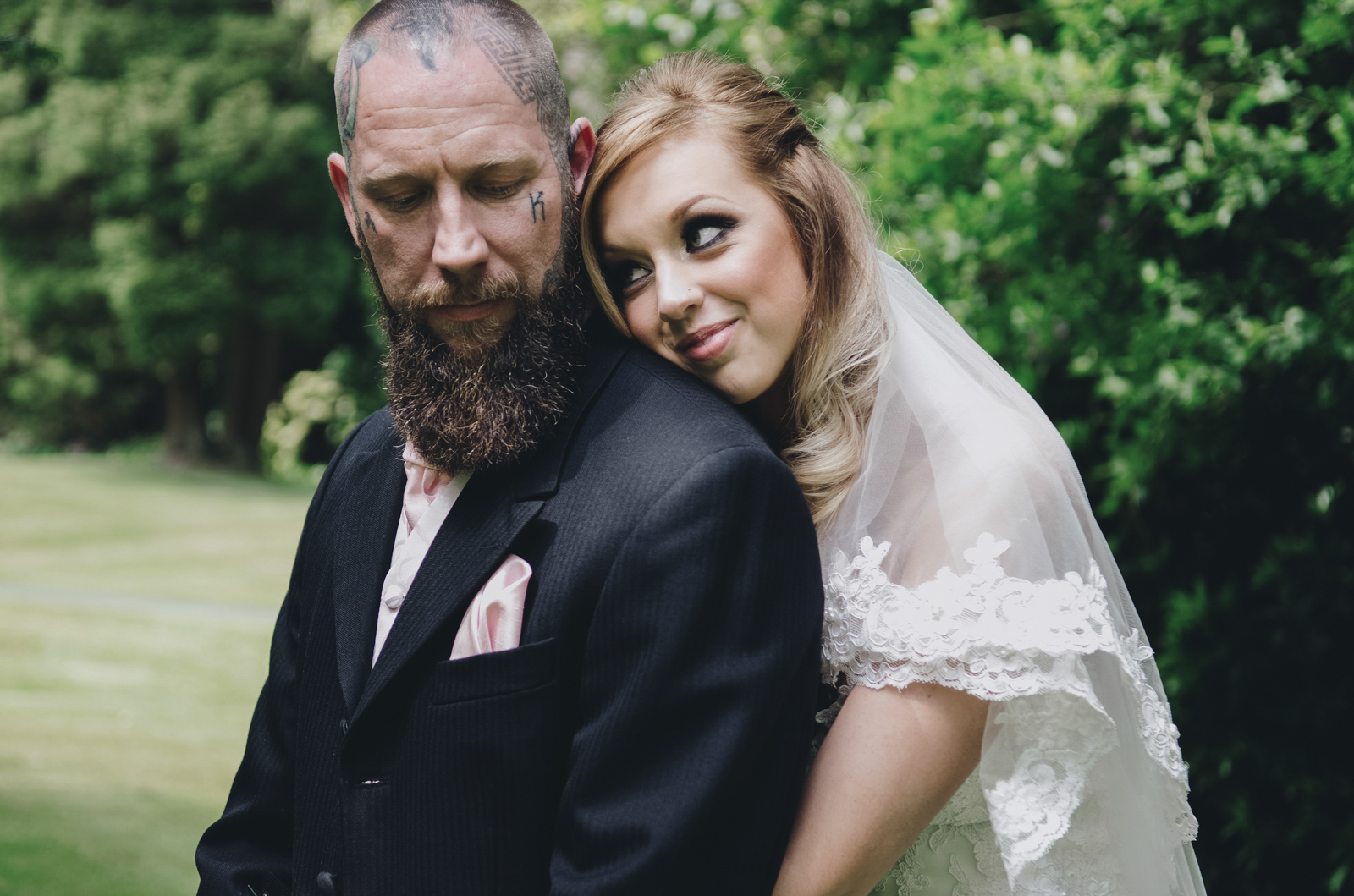 Alternative-North-West-Manchester-Wedding-Photography-Astley-bank-Wedding-skull-cake-tattooed-groom-22.jpg