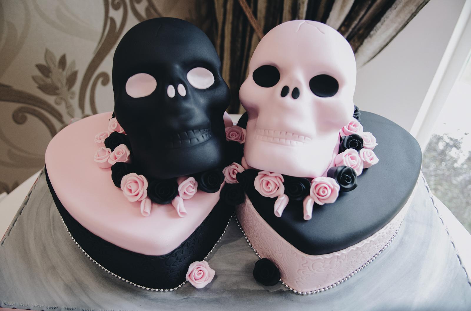 Alternative-North-West-Manchester-Wedding-Photography-Astley-bank-Wedding-skull-cake-tattooed-groom-35.jpg