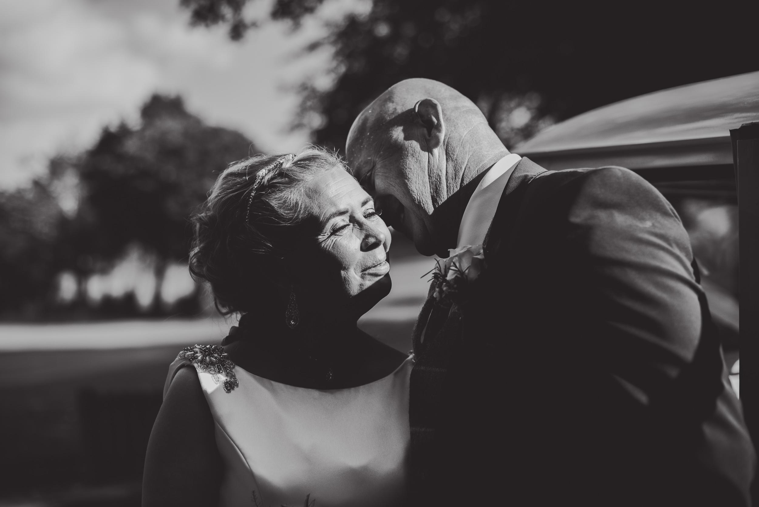 justine-rick-fairways-lodge-wedding-photography-224.jpg