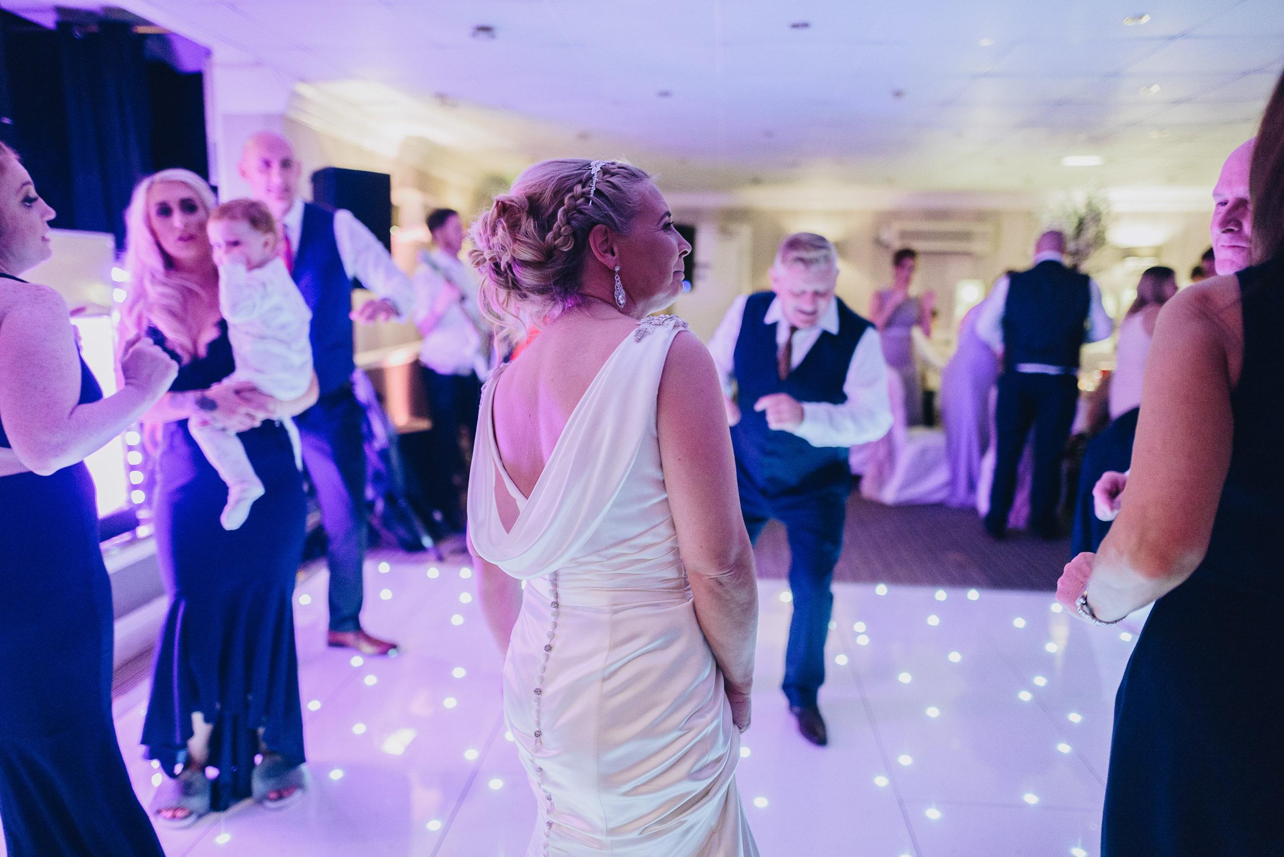 justine-rick-fairways-lodge-wedding-photography-397.jpg