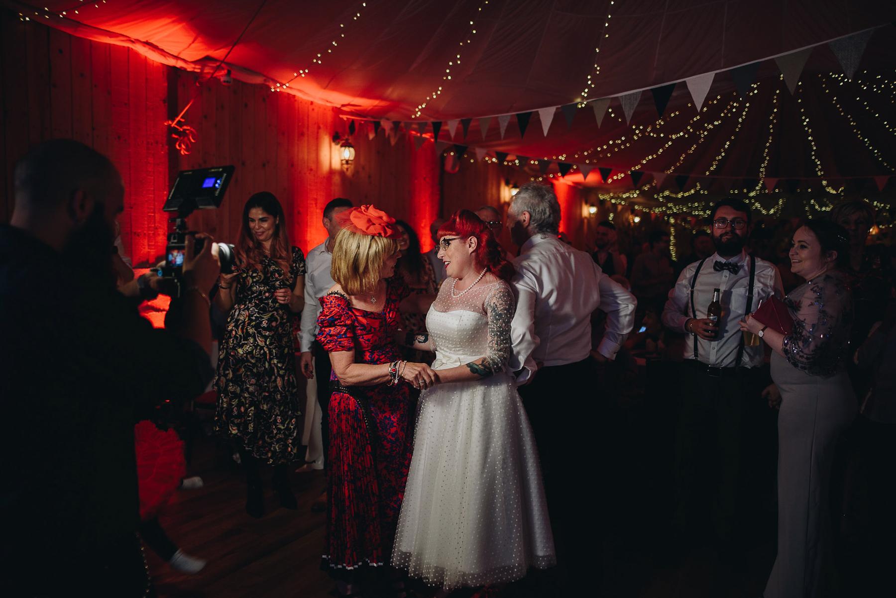 Wellbeing_Farm_Wedding_Photography_The_Pin-Up_Bride_Lara_Shaun-152.jpg