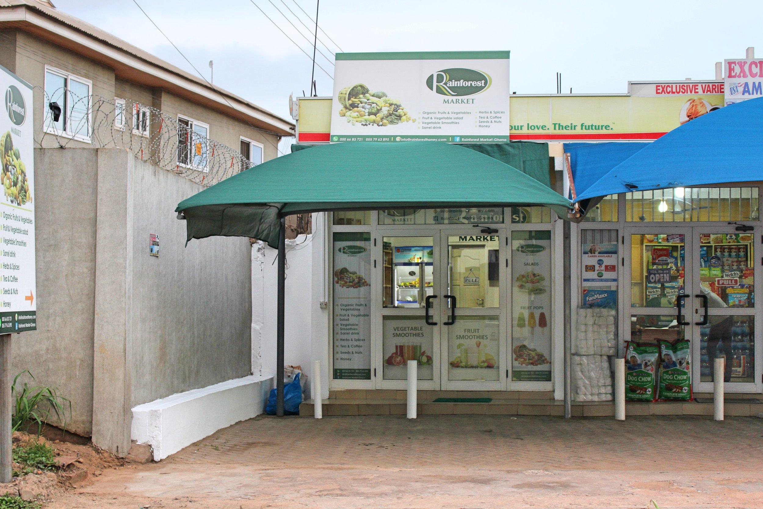 Rainforest Market  Garden Avenue, East Legon  026 552 9505