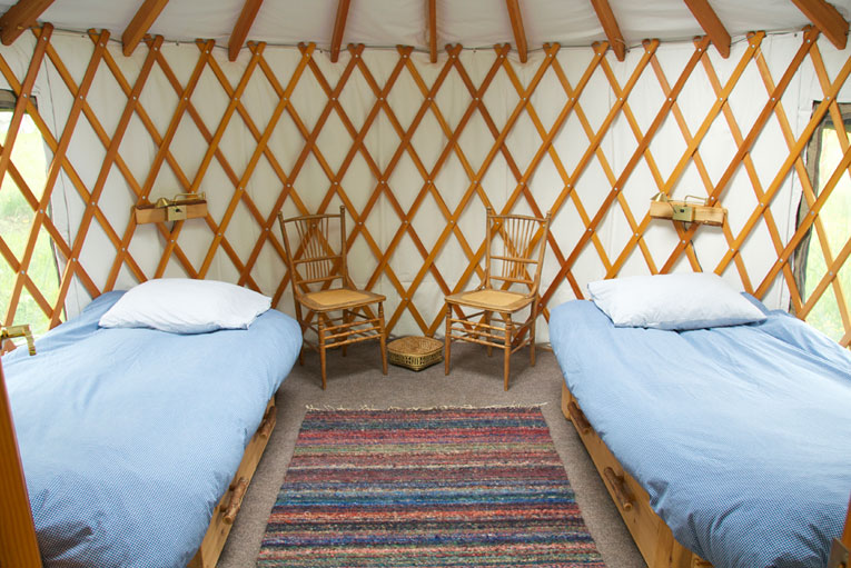 retreats-01-yurt.jpg
