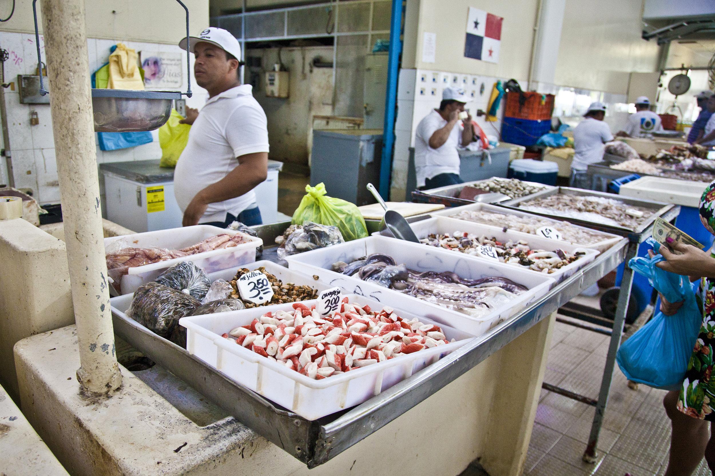 Mercado de Mariscos Panama - Across the Blue Planet