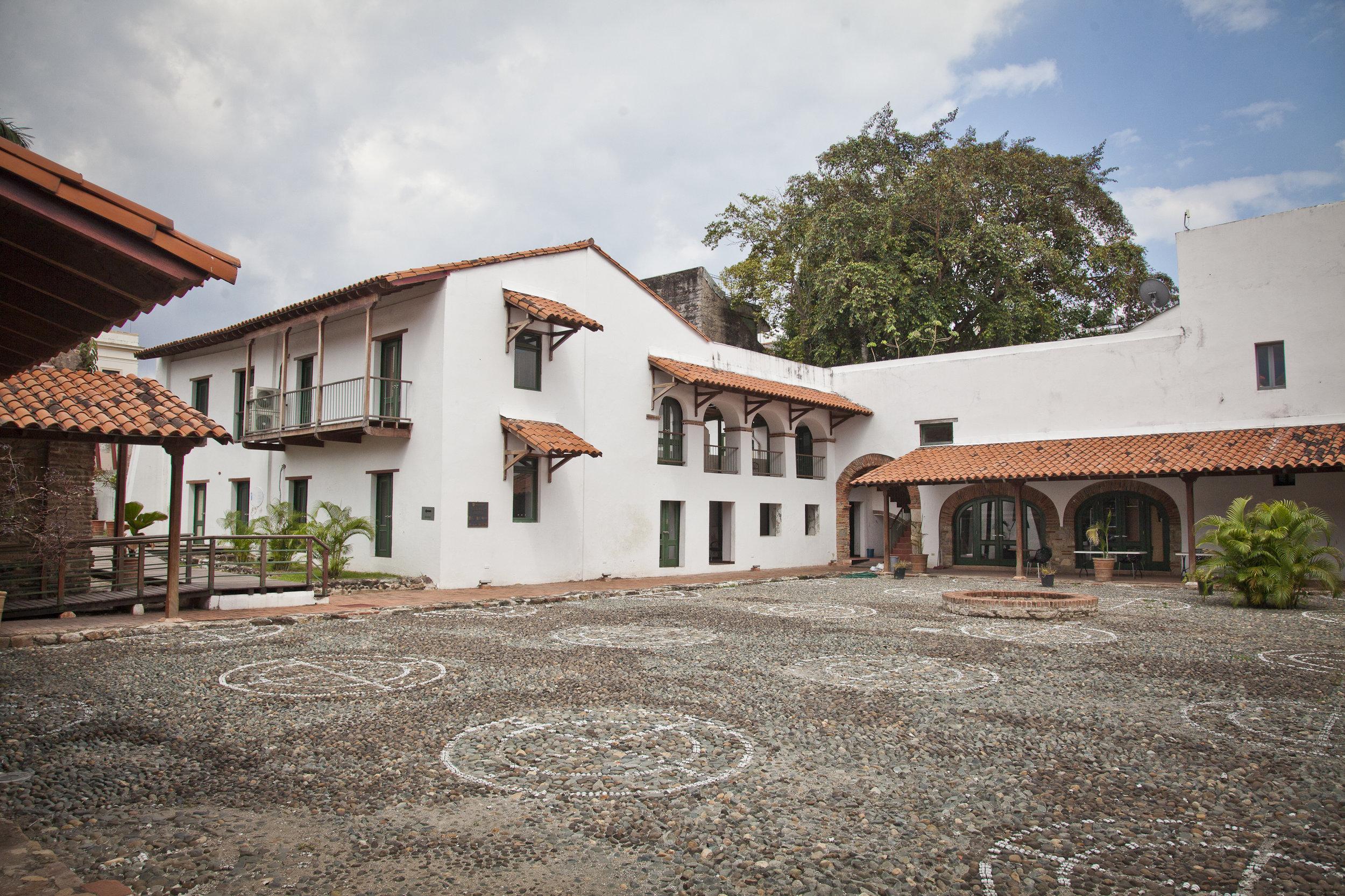 Panamá Viejo - Across the Blue Planet