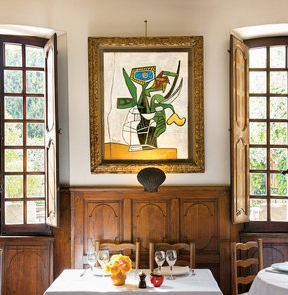 Pablo Picasso painting at La Colombe d'Or