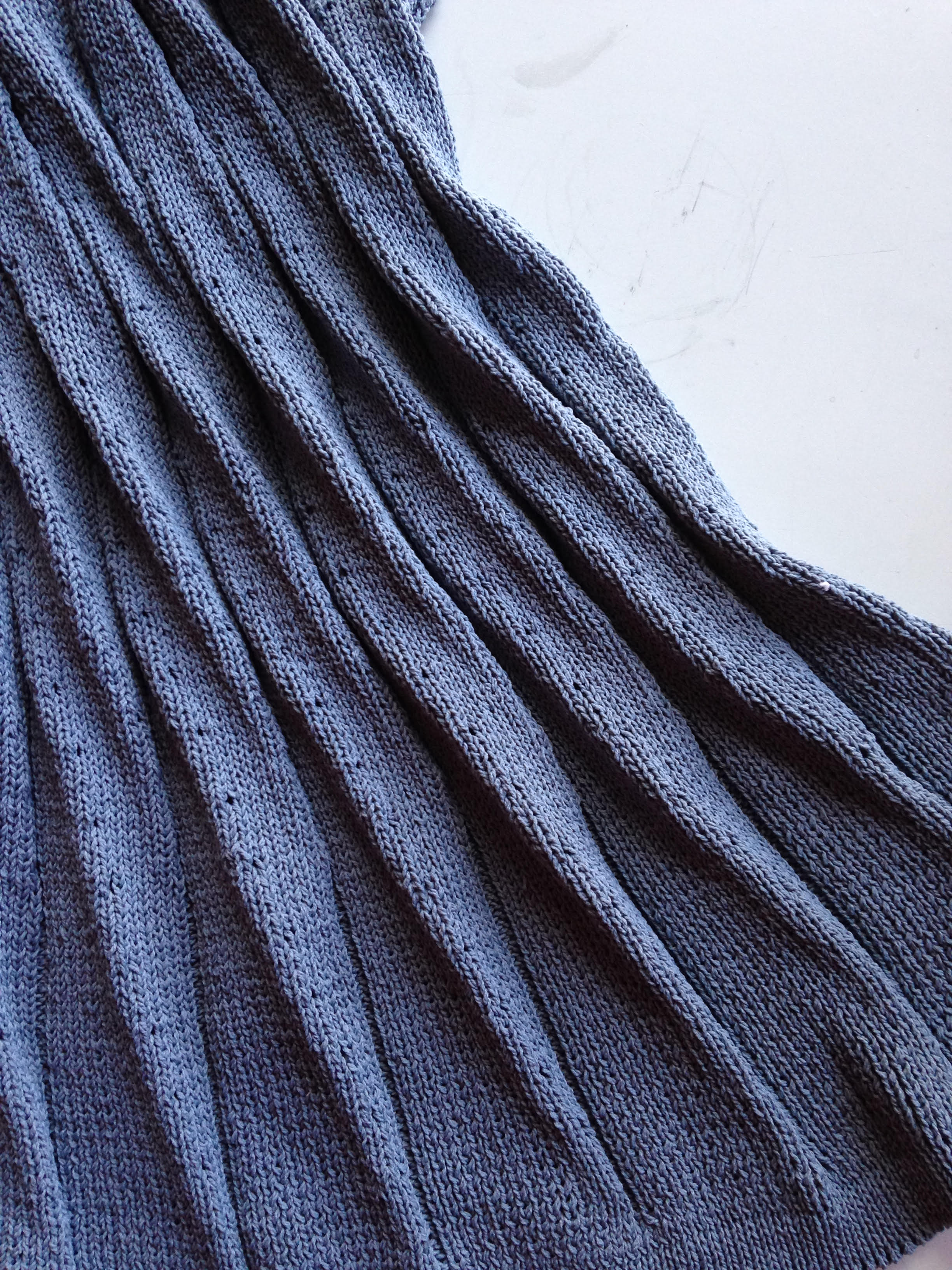 pleat blue.jpg