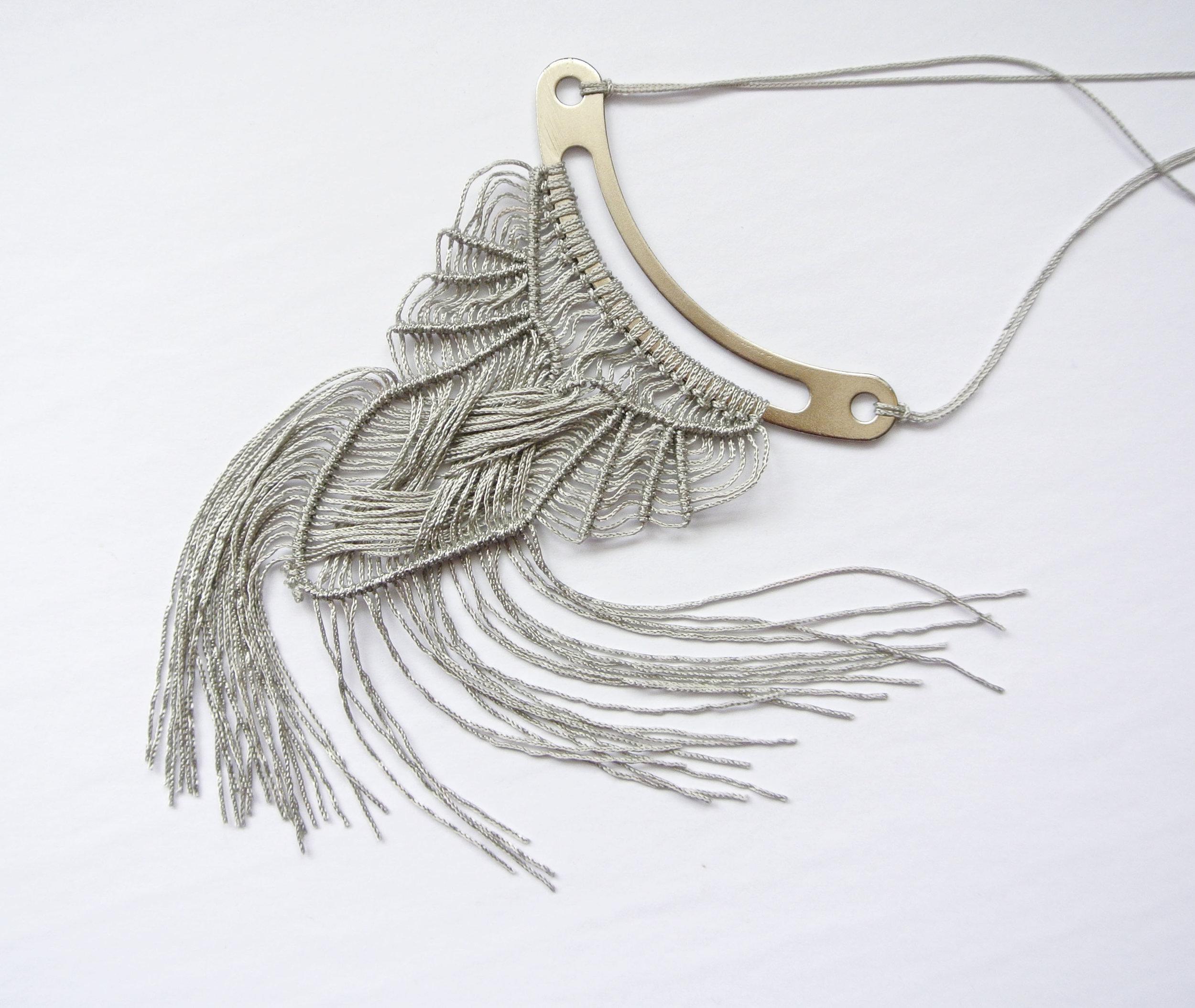 ulobori knot pendant 2.JPG