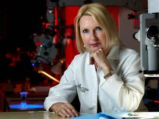 Dr. Maria Siemionow