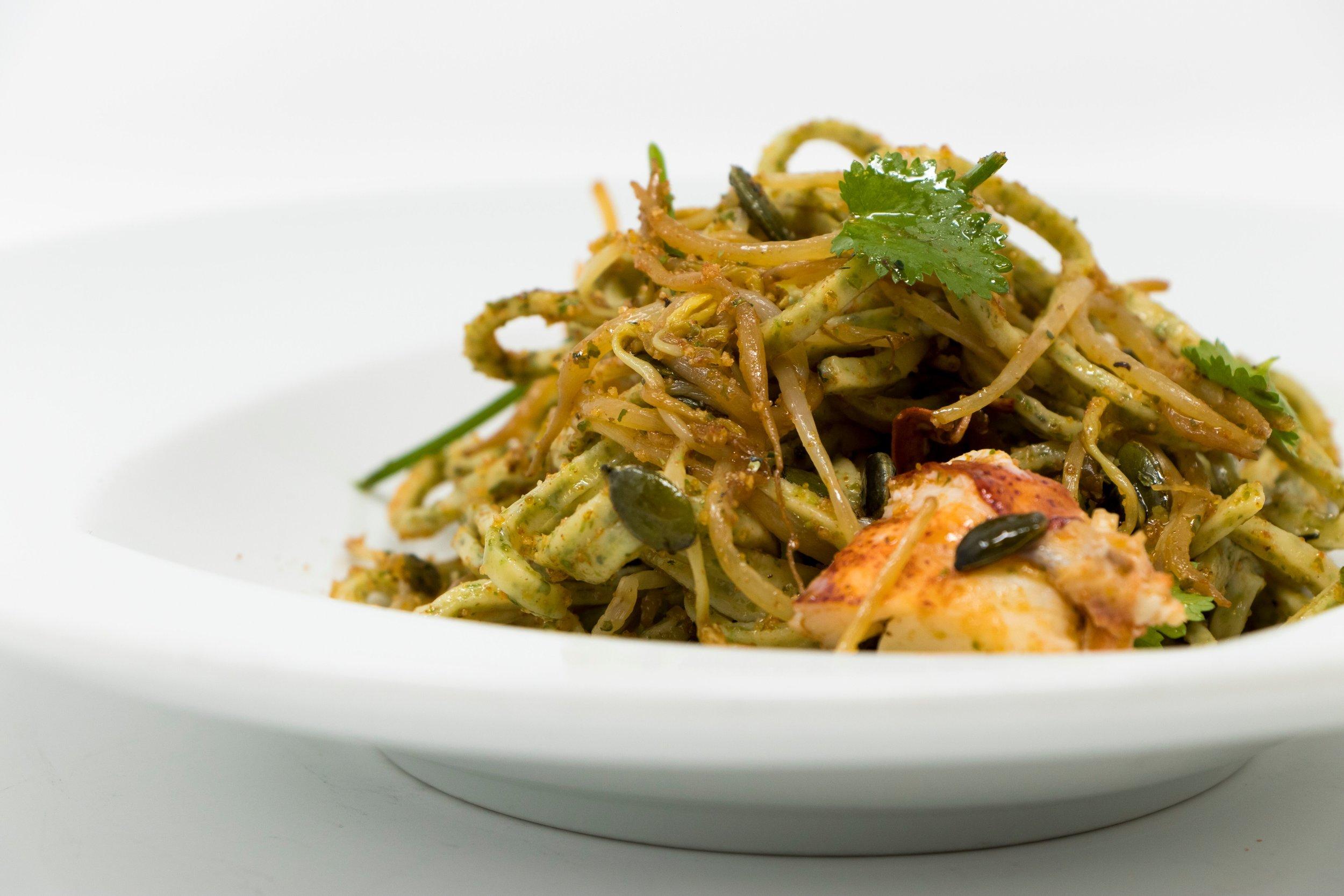 The professional photo of Spaghetti alla chitarra (made with algae) con astice (lobster). Photo by Daruma.