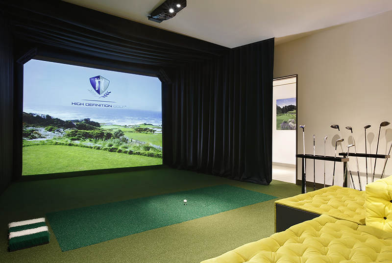 Golf Simulator.  Credit: Excelsior Hotel Gallia, A Luxury Collection Hotel