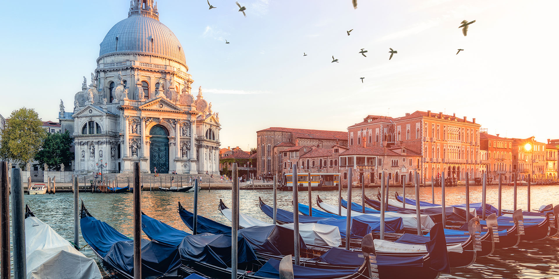 Explore Dorsoduro's church of Santa Maria Della Salute. (Photo: Getty Images)
