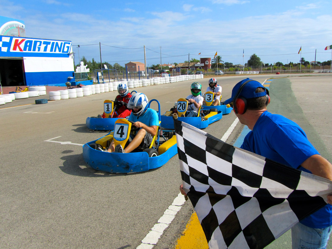 Turismo-Activo-Karting-Vives-Oliva-02.jpg