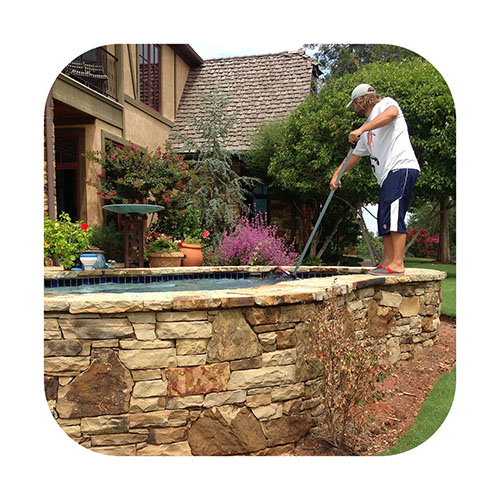 Pool-Cleaning-INSET2.jpg