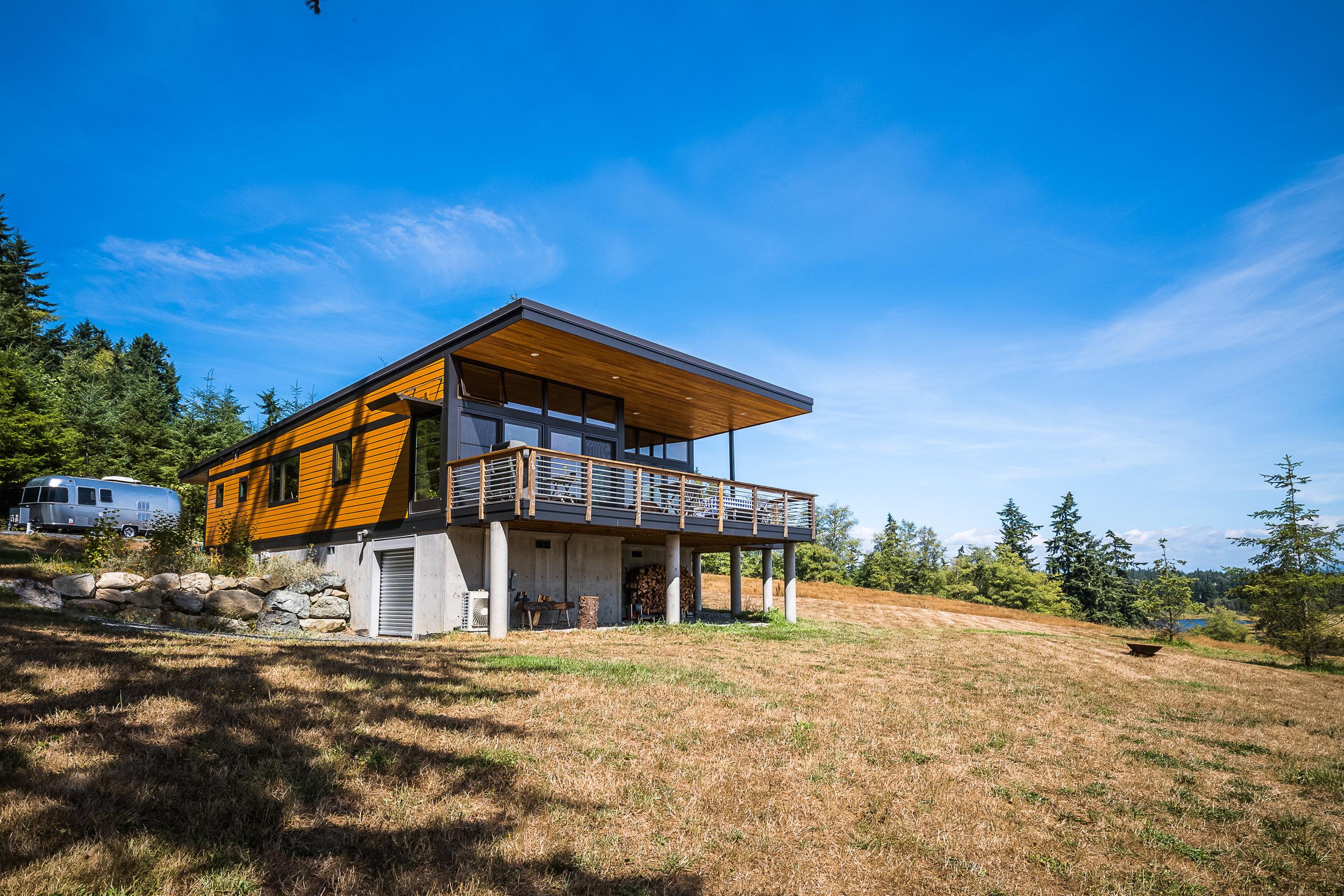 Photo Credit: Dale Tu // Architect: Prentiss Balance Wickline // Builder: Method // 1470sf