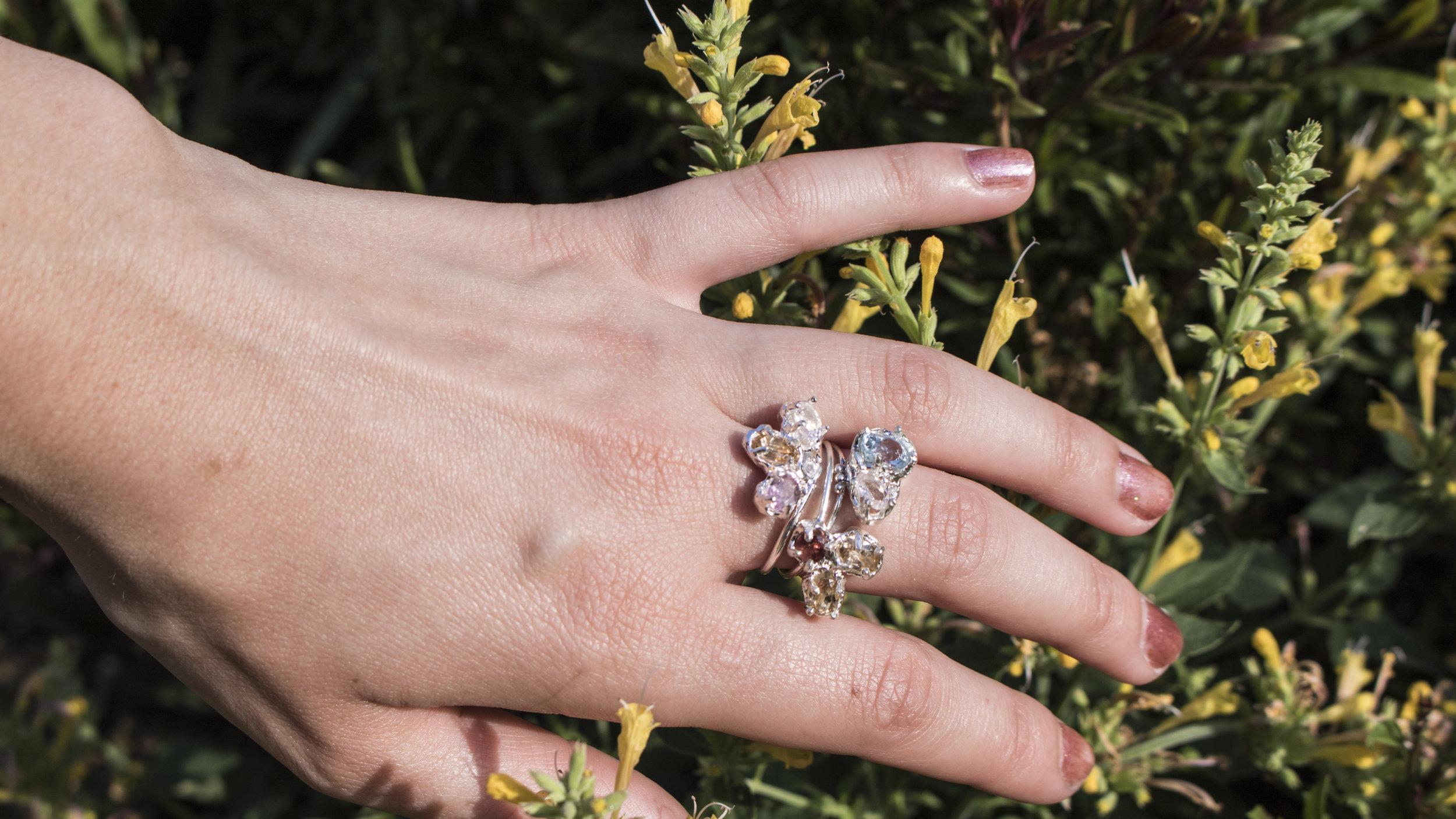 rings hand_1.jpg