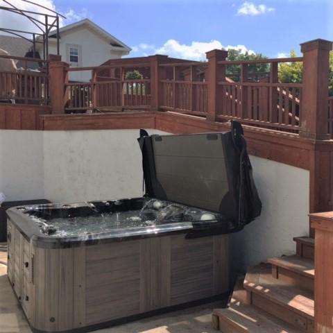 Columbia Pool & Spa Mid-Missouri therapy hot tub Marquis-5 person-Luxury-hottub-Epic Smartop.JPG