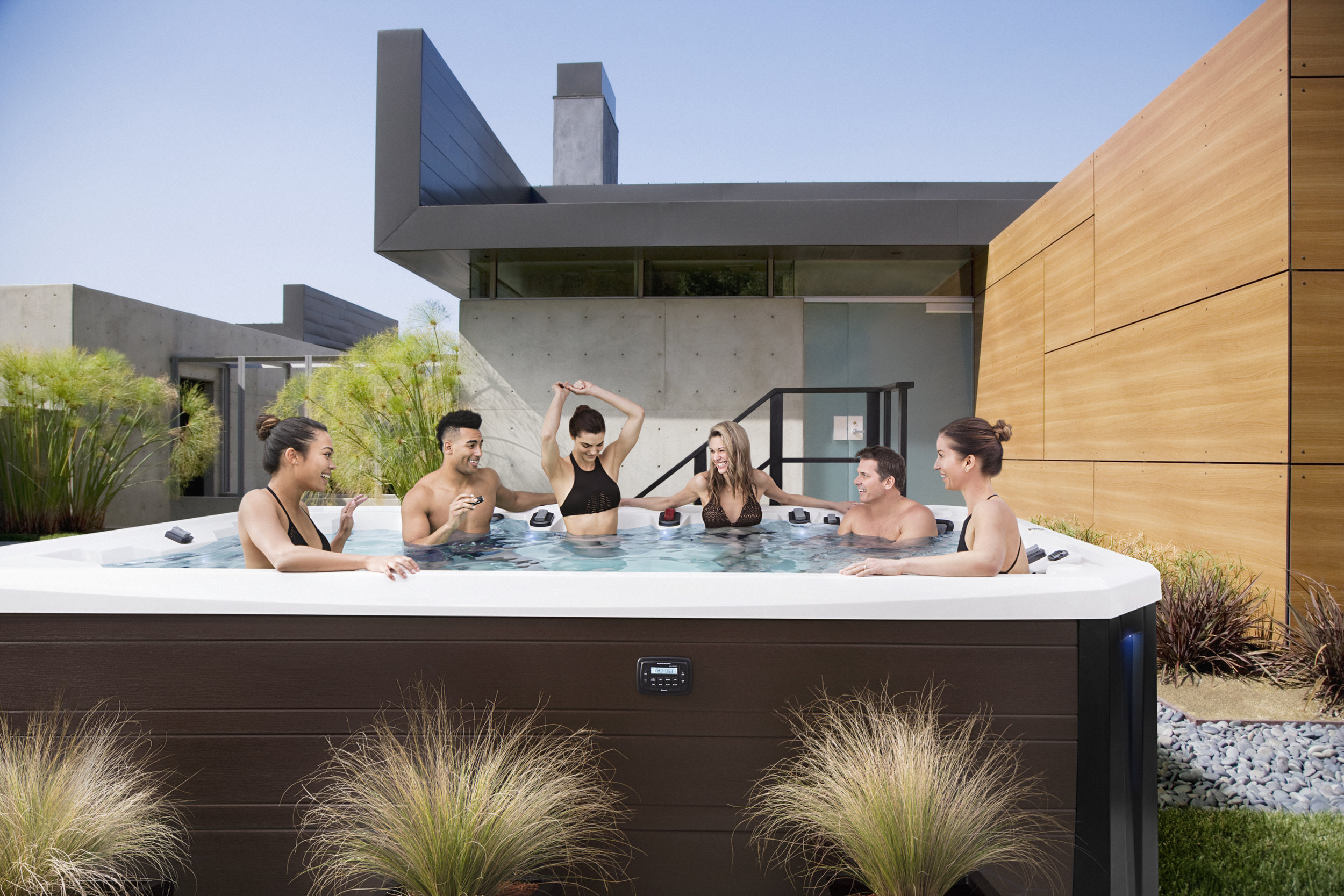Columbia Pool and Spa Entertaining Hot Tub_V150.jpg
