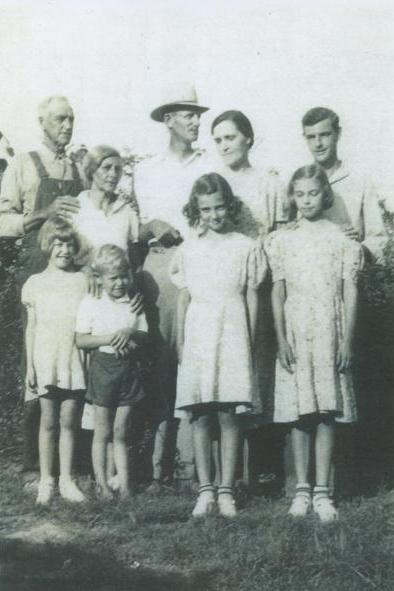 (Back row left to right) My great grandparents, Guthrie and Ethel Mae, my grandparents, Jess and Loretta and my Great Uncle Henry. ( Front row left to right) Aunt Karen, Uncle Robert, Aunt Joyce, and my mother, Margaret Lue.