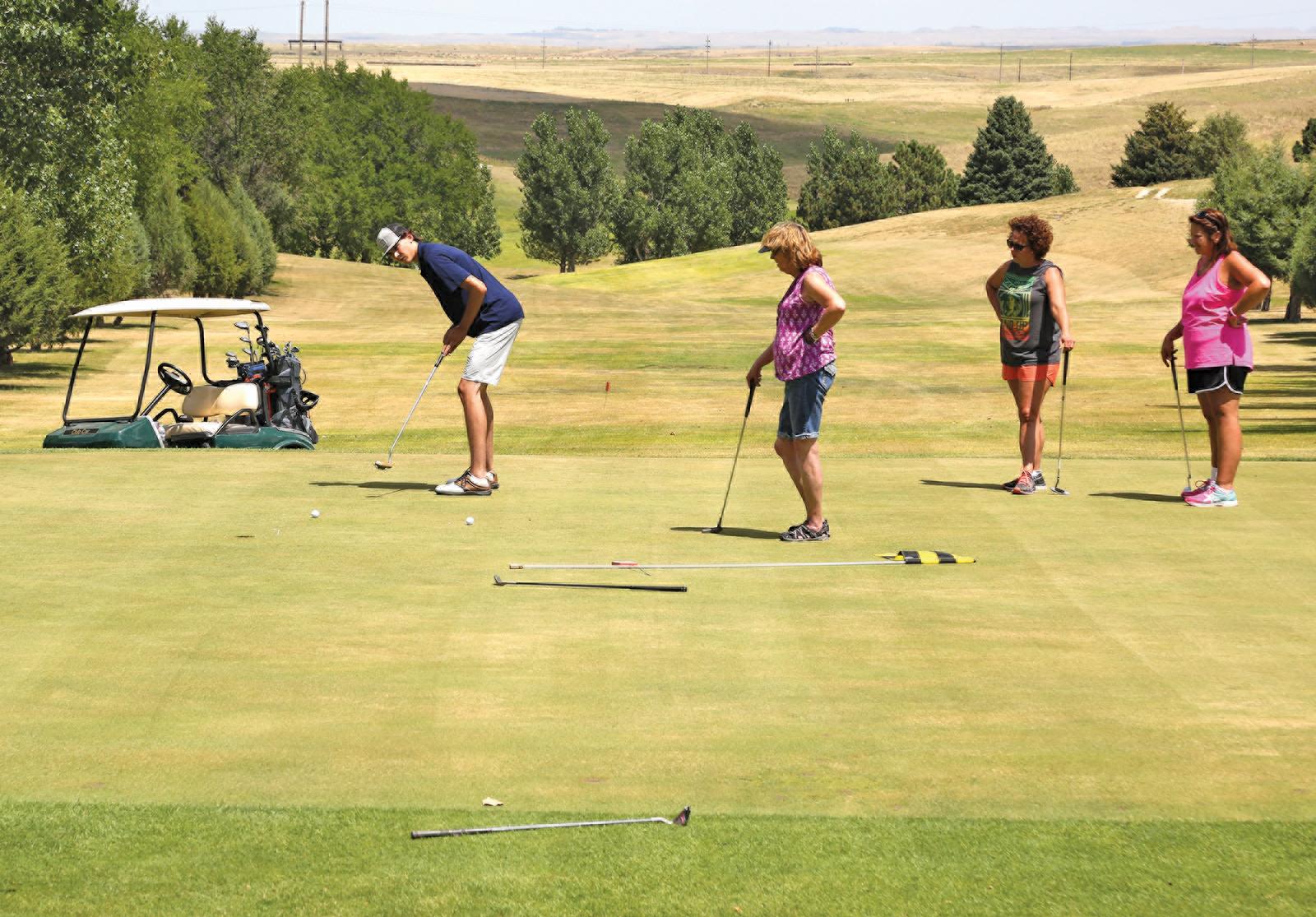 Golf-cmyk-4318.jpg