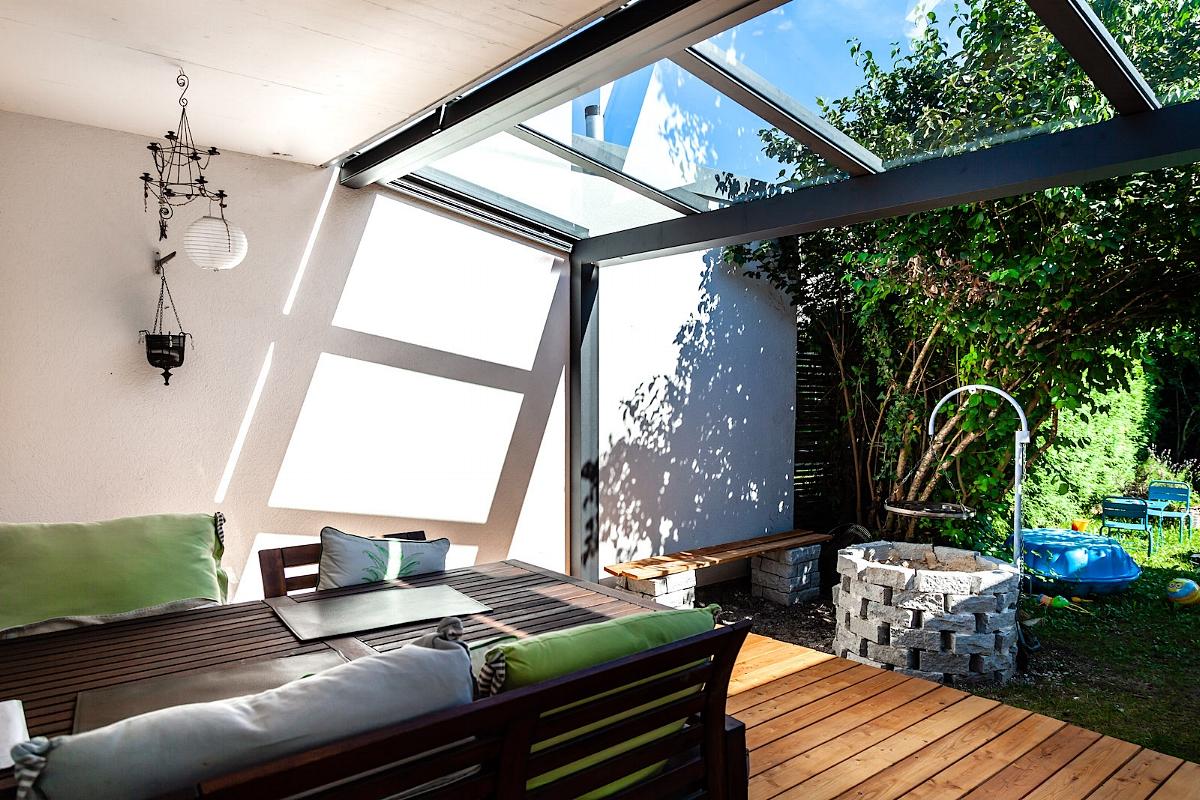 Terrassenüberdachung Sitzplatzüberdachung Pfeffingen Schweiz