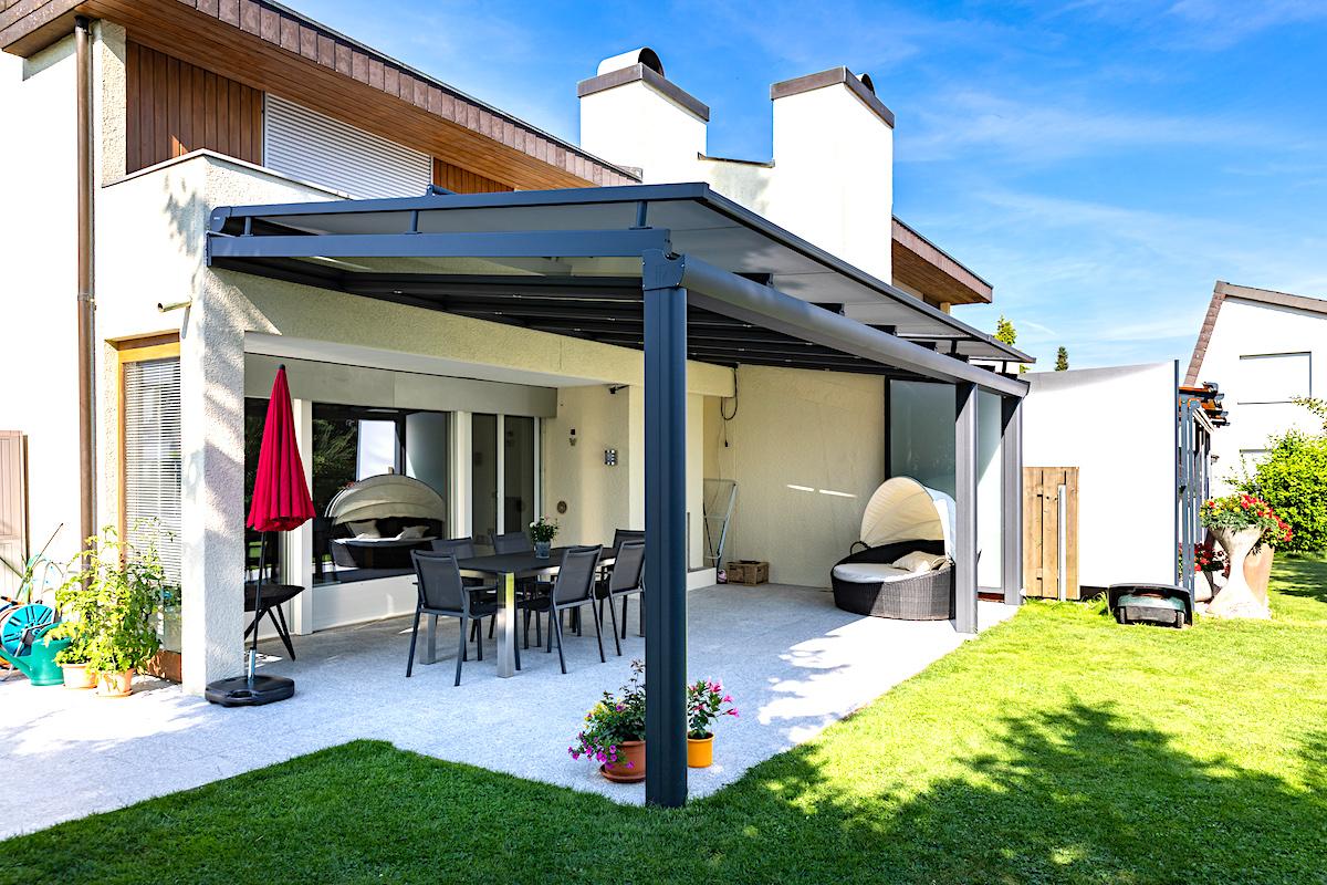 Terrassenüberdachung-Überdachung-Sitzplatzüberdachung-Schweiz-Nürensdorf