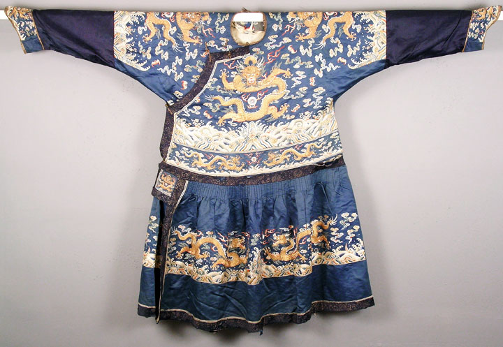 Man's Formal Court Robe China , c. 1800 Silk satin; silk and metallic thread; metal buttons USC Pacific Asia Museum Collection Gift of Mr. and Mrs. Frederick Hake 1990.38.1