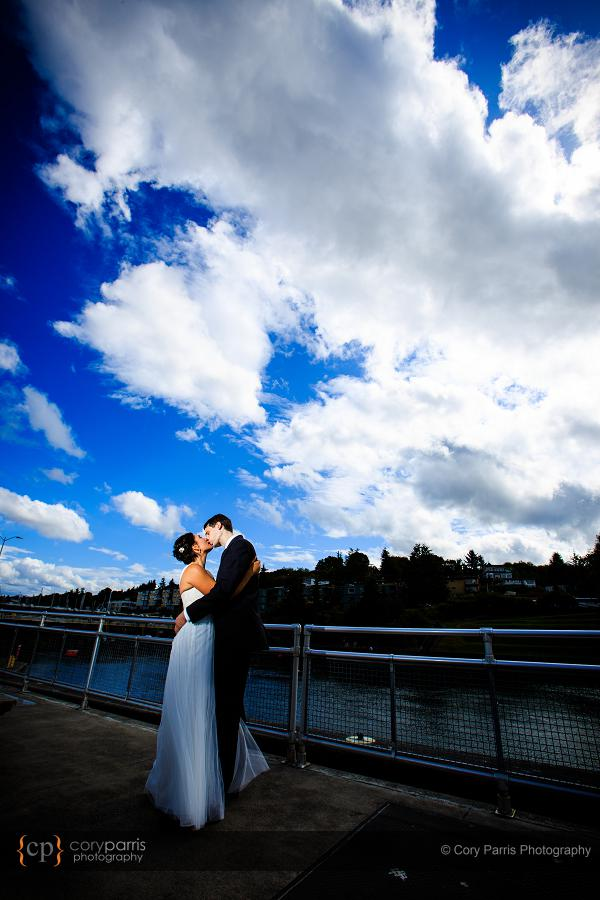005-the-canal-seattle-wedding