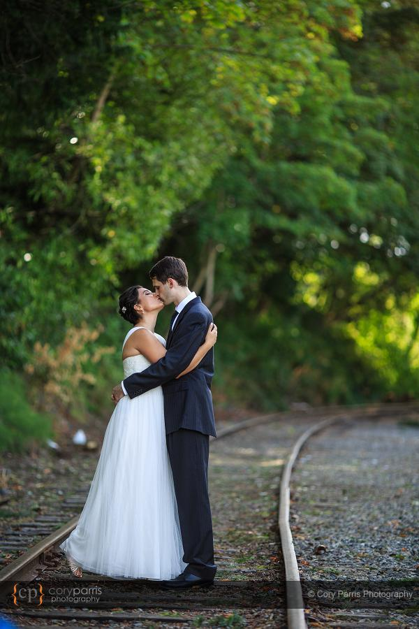 008-the-canal-seattle-wedding