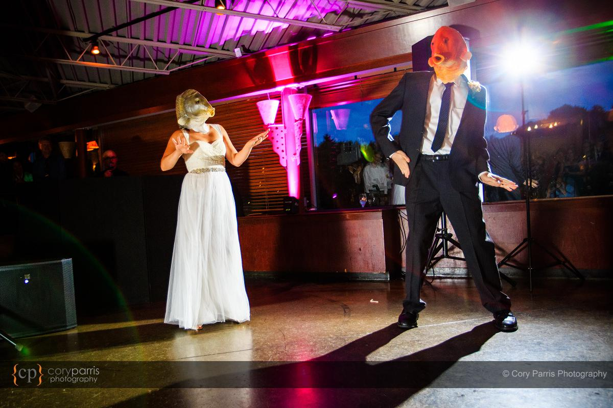 028-the-canal-seattle-wedding