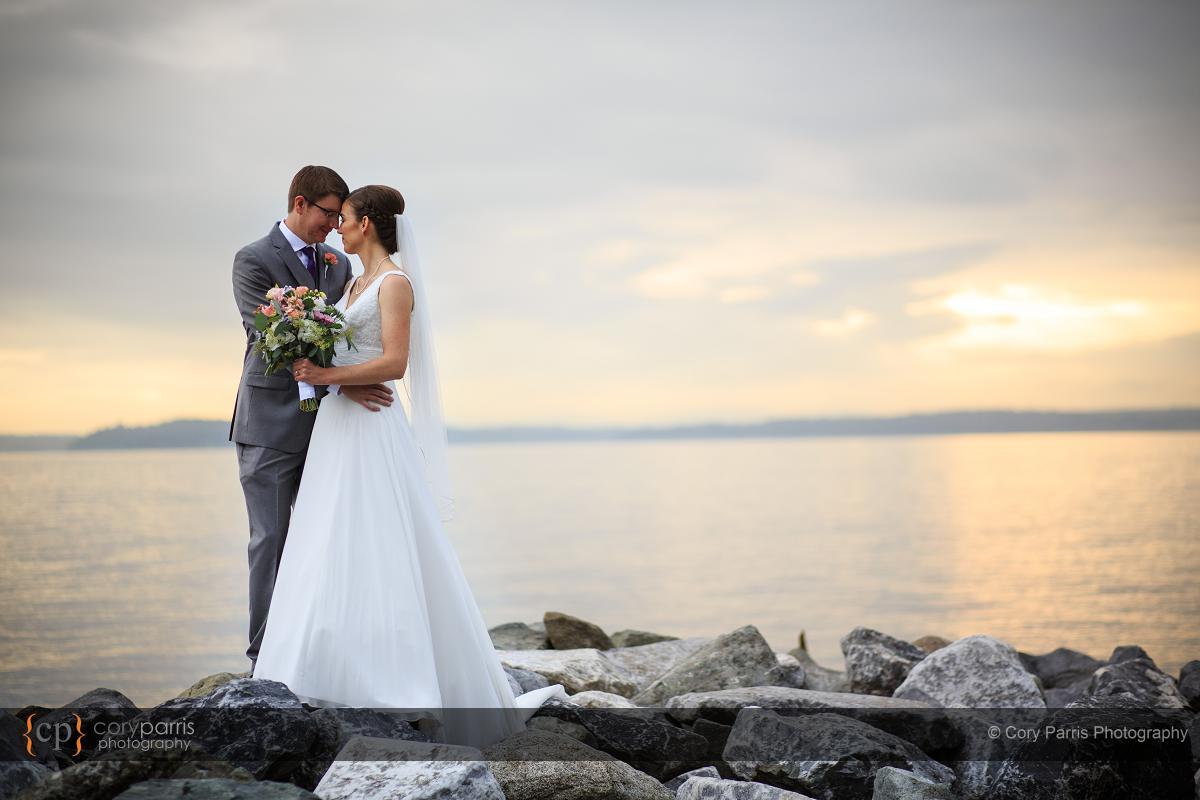 360-lake-union-cafe-wedding
