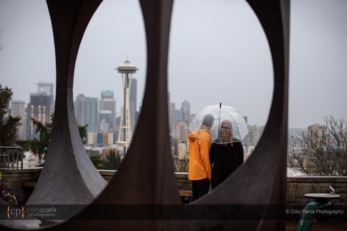 002-rainy-engagement-portraits-seattle