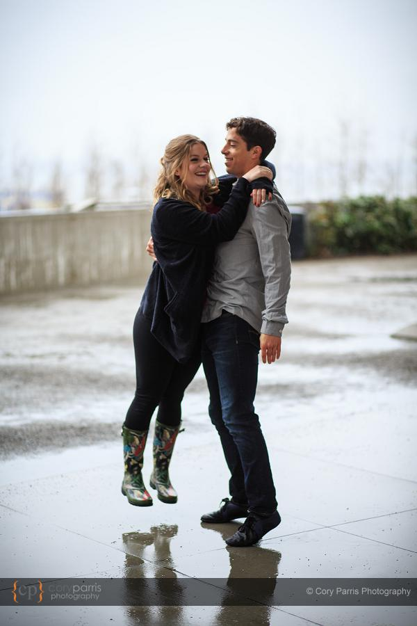 006-rainy-engagement-portraits-seattle