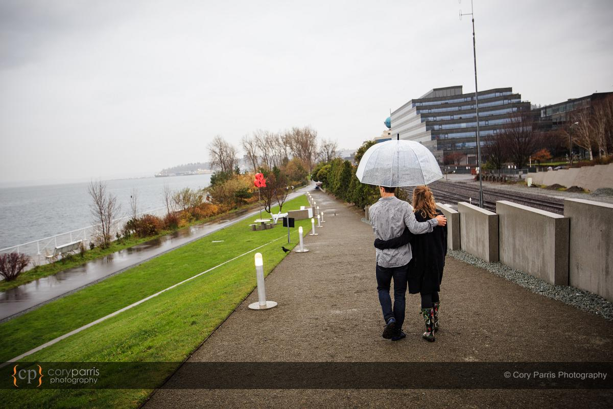 014-rainy-engagement-portraits-seattle