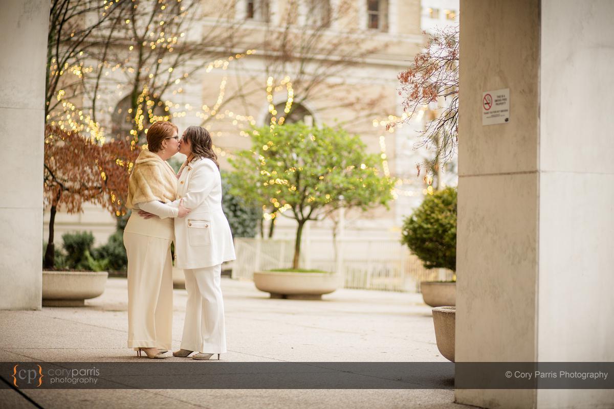 005-seattle-same-sex-wedding
