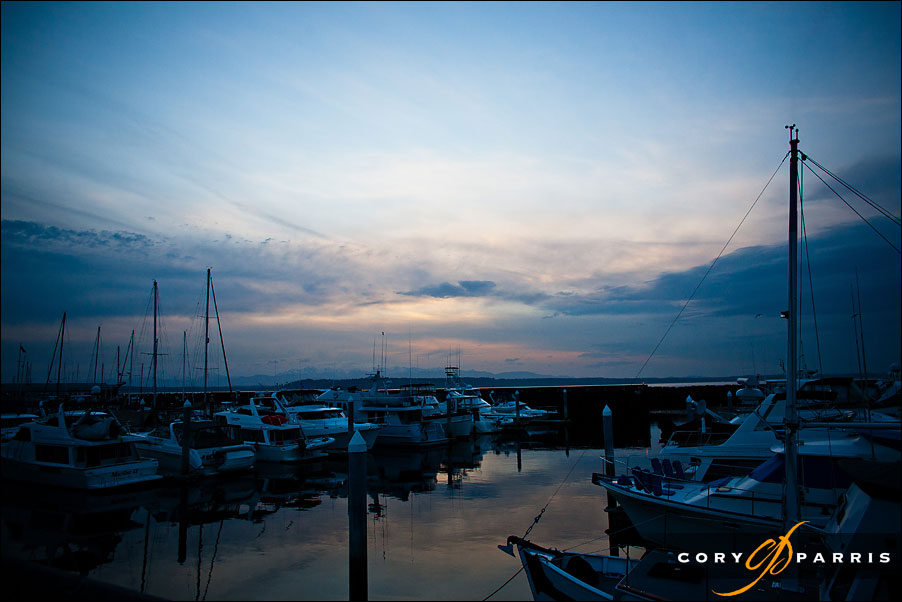 The marina in edmonds by seattle wedding photographer cory parris