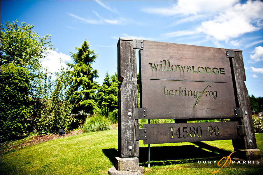 The front sign at willows lodge by seattle wedding photographer cory parris