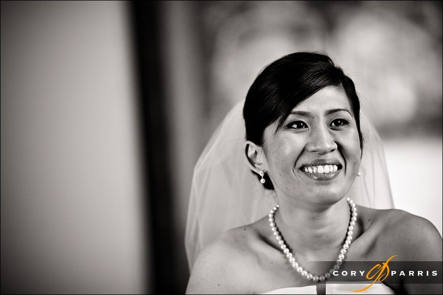 portrait of the bride in the getting ready room at newcastle golf club