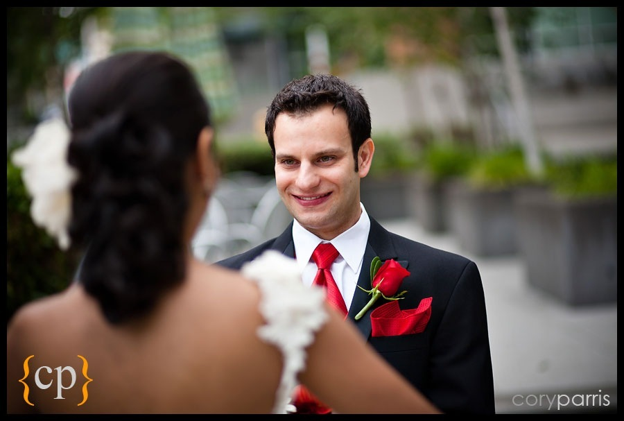 first look first glance by seattle wedding photojournalist cory parris