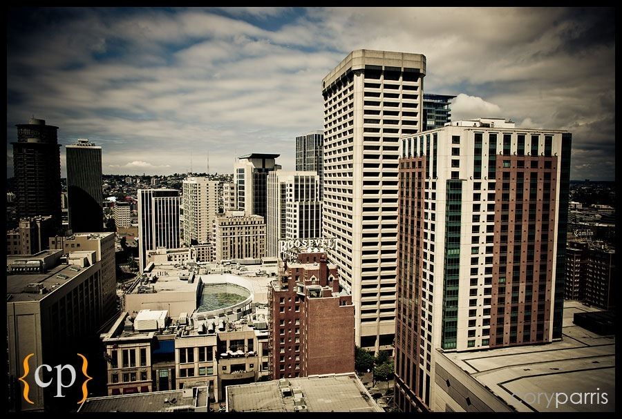 view of seattle from the Sheraton hotel by seattle wedding photojournalist cory parris
