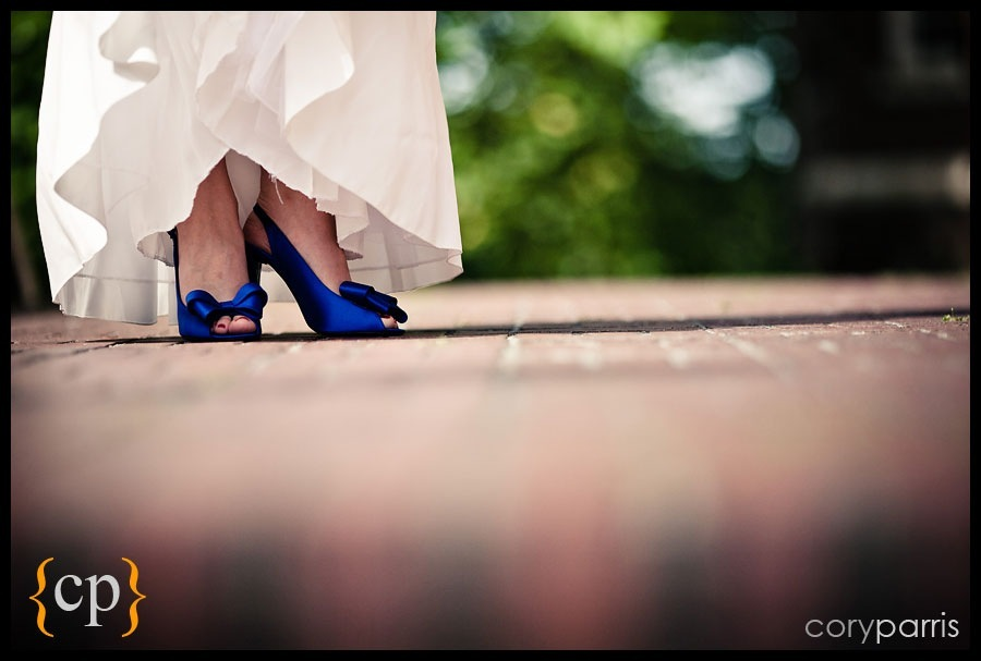 blue wedding shoes by seattle wedding photographer cory parris